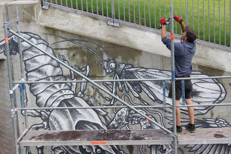 Stadtwerke Ermöglichen Max Birkl Wandmalerei Für Natur In Pfaffenhofen